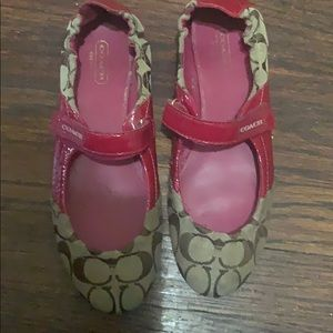 Coach flats. Size 7.5. Red & tan.
